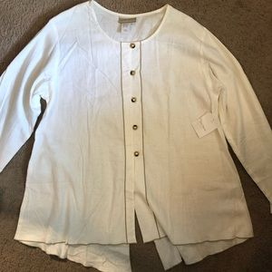 Medium Coldwater Creek White Button Down Blouse